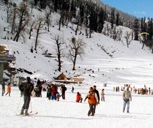 manali to snow point taxi service